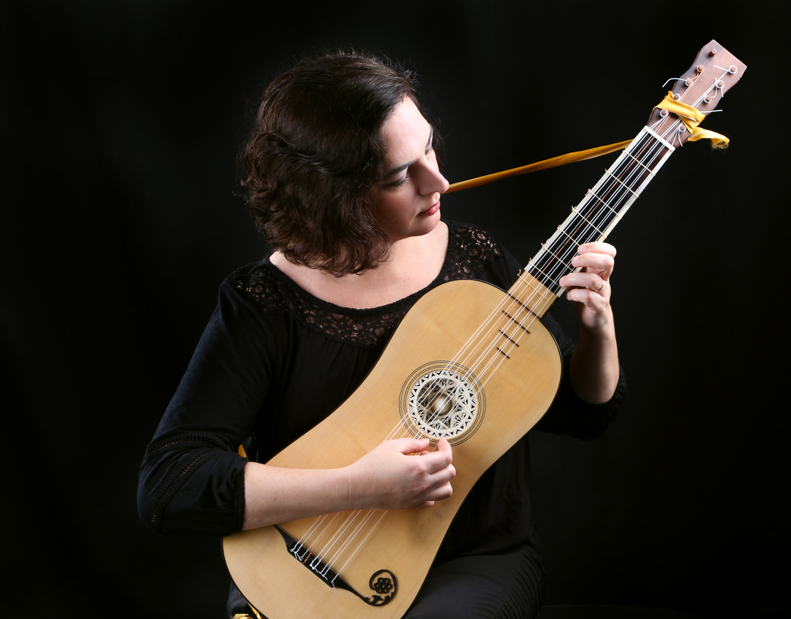 Rosimary Parra e guitarra barroca (foto Andreia Miguel)